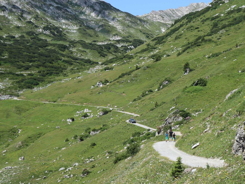 Om het water werkelijk te voelen moet je nog een stukje verder wandelen vakantie-lech-am-arlberg.47