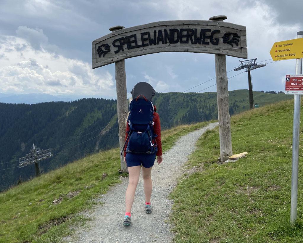 De Spielewandelweg is een echte familiewandeling en begint bij het bergstation van de Asitz berg.