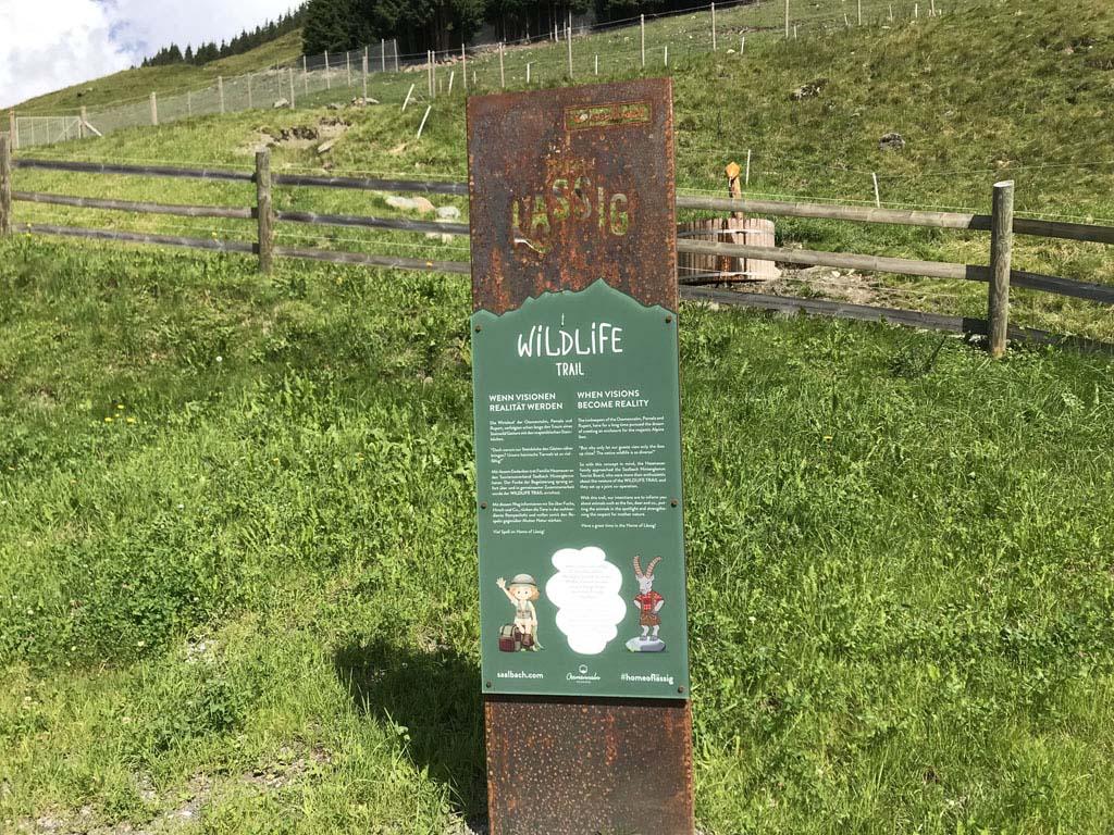 De Wild Life trail kan je combineren met de Educational trail, beide starten ze bij de 'end of the valley'.