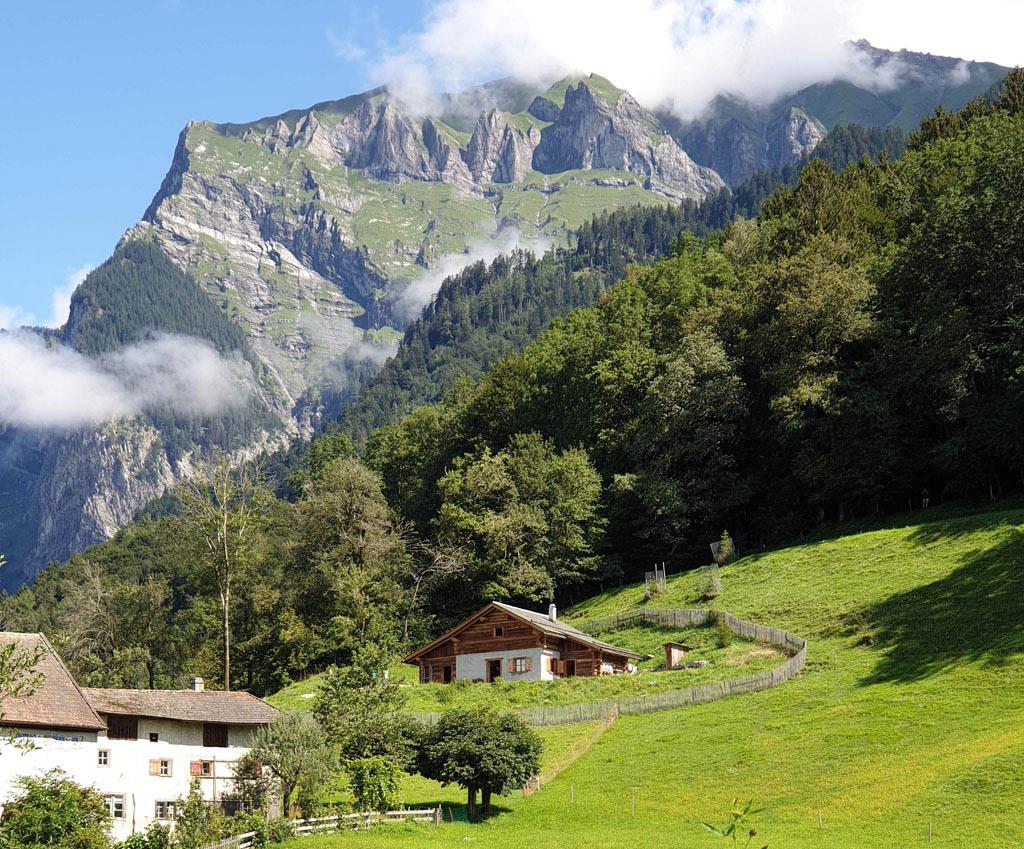 heidi-in-de-bergen-14Dromen van een leven in een hutje in de bergen...