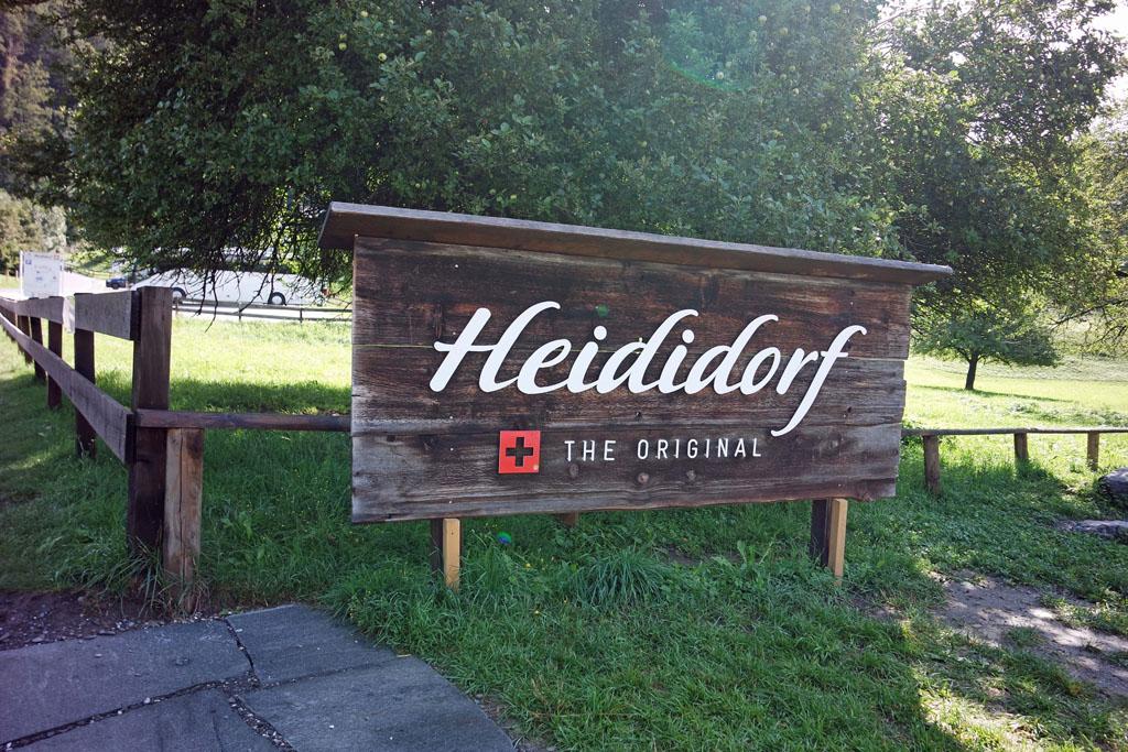 heidi-in-de-bergen Heididorf in Zwitserland, niet alleen voor Heidi fans