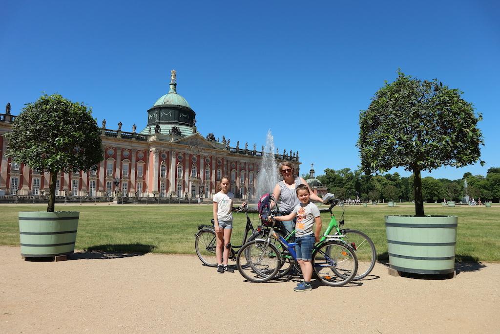In Potsdam maken we een fietstocht.