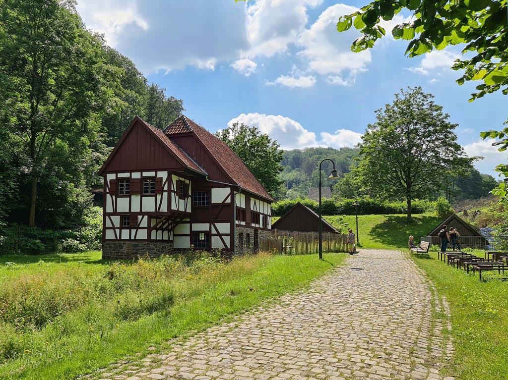 Het eerste plaatje is al prachtig Duisburg-met-RUHR.TOPCARD-13