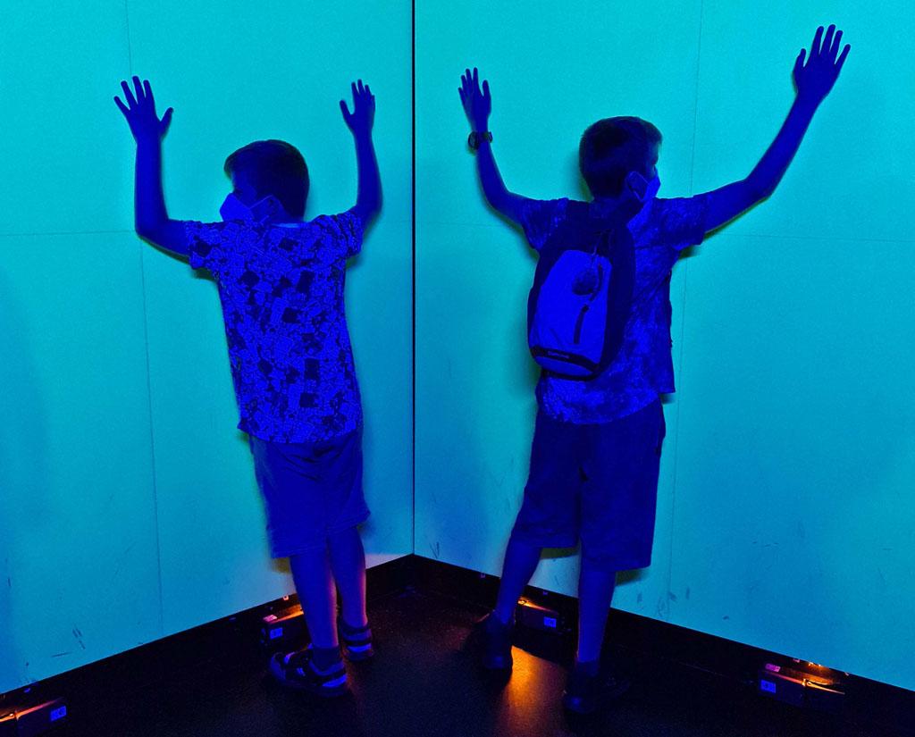 Het licht aanzetten, stil tegen de muur staan en het licht weer uitzetten.. Duisburg-met-RUHR.TOPCARD-20