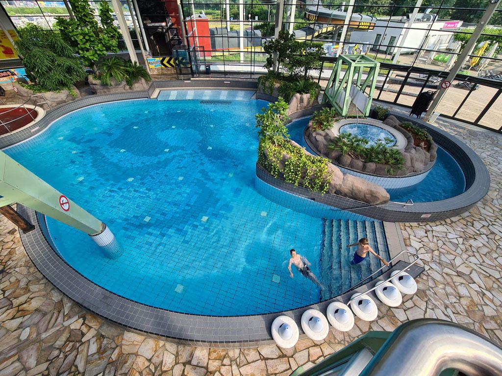 Heerlijk zwemmen in Aquapark Oberhausen Duisburg-met-RUHR.TOPCARD-33