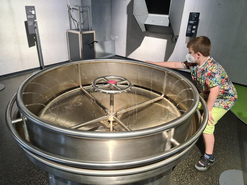 Water in beweging zetten RUHR.TOPCARD-met-kinderen-22