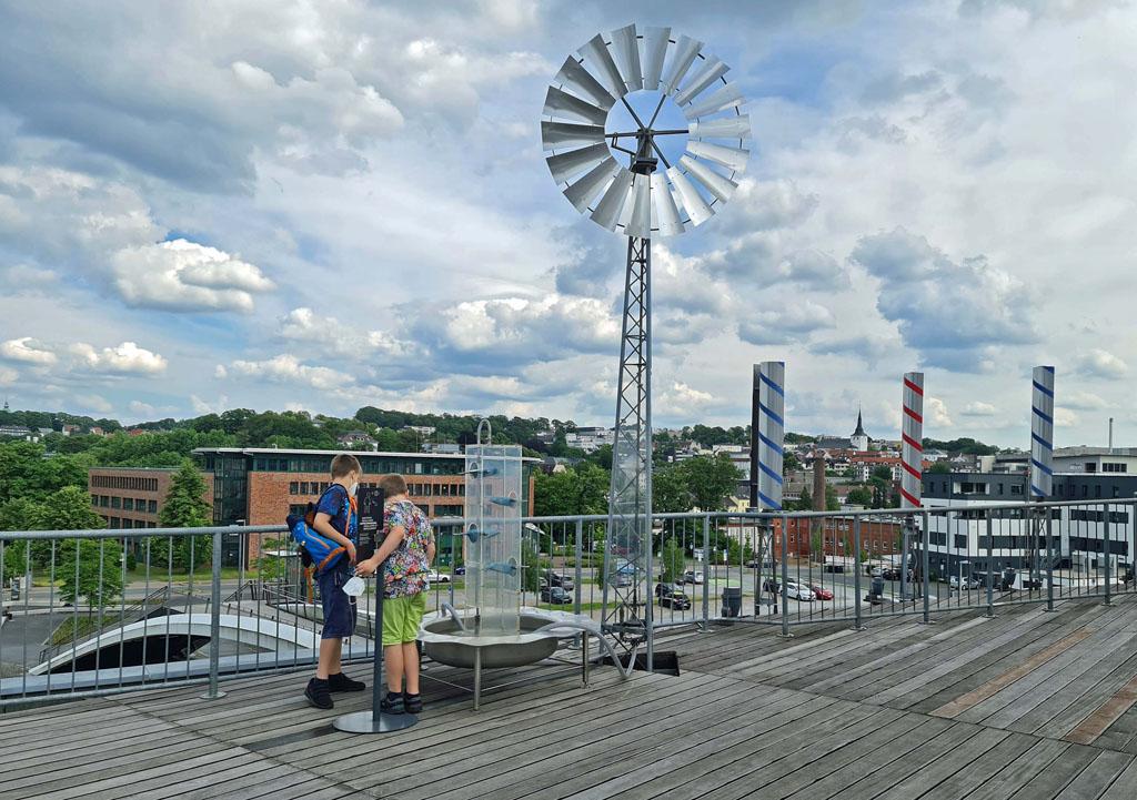 Zelfs op het dak van het museum is van alles te doen en te zien RUHR.TOPCARD-met-kinderen-28