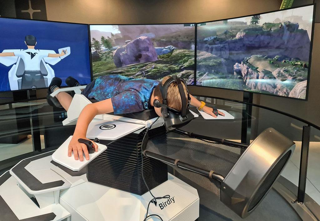 Eindelijk vliegen in de Birdly VR Naar-jetbrains-techlab-in-amsterdam-7